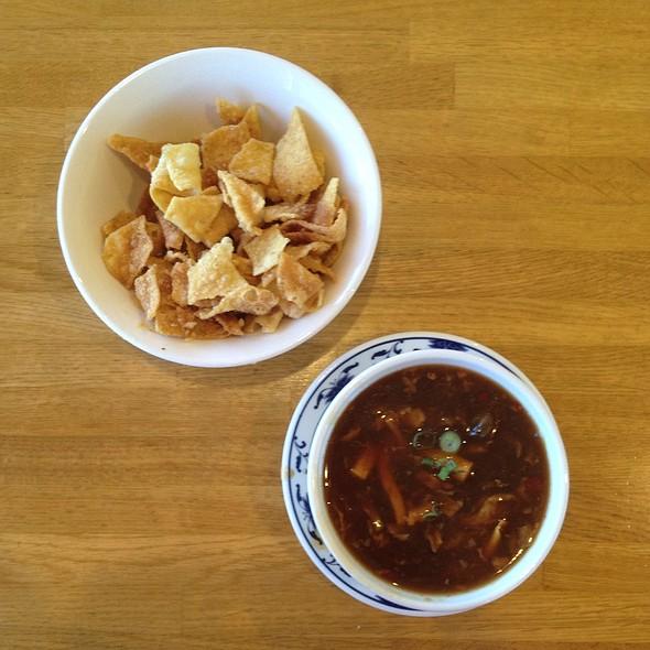 Hot & Sour Soup @ Szechaun Garden