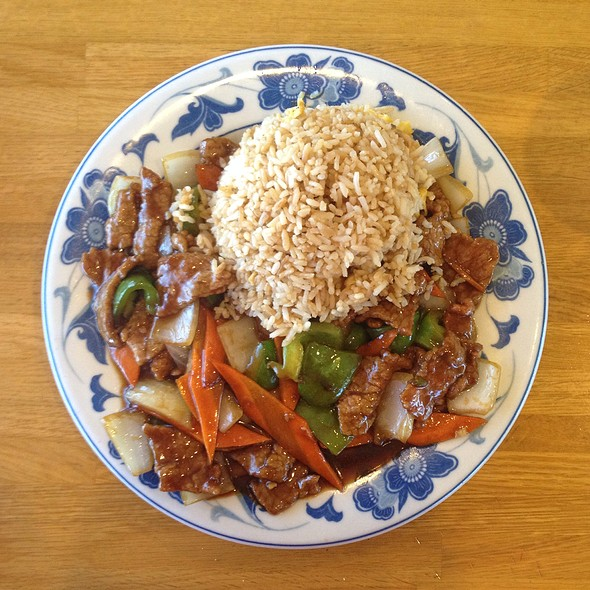 Beef With Green Pepper @ Szechaun Garden