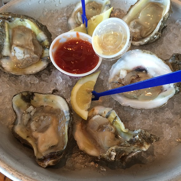Gulf Oysters @ Topwater Grill