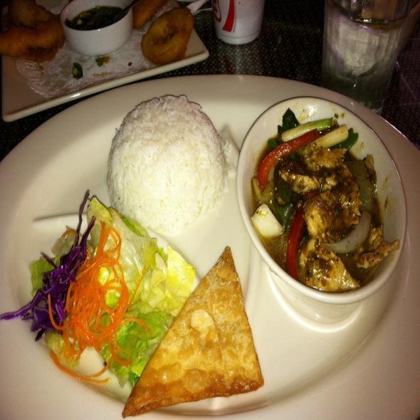 Siam thai cuisine menu apple valley california for At siam thai cuisine