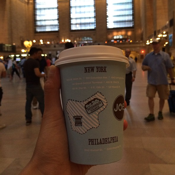 Cafe Latte @ Joe the Art of Coffee
