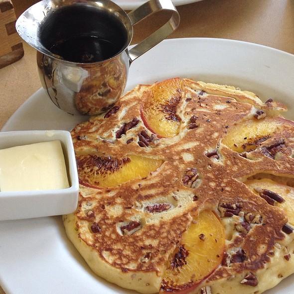 Nectarine & Pecan Griddlecake