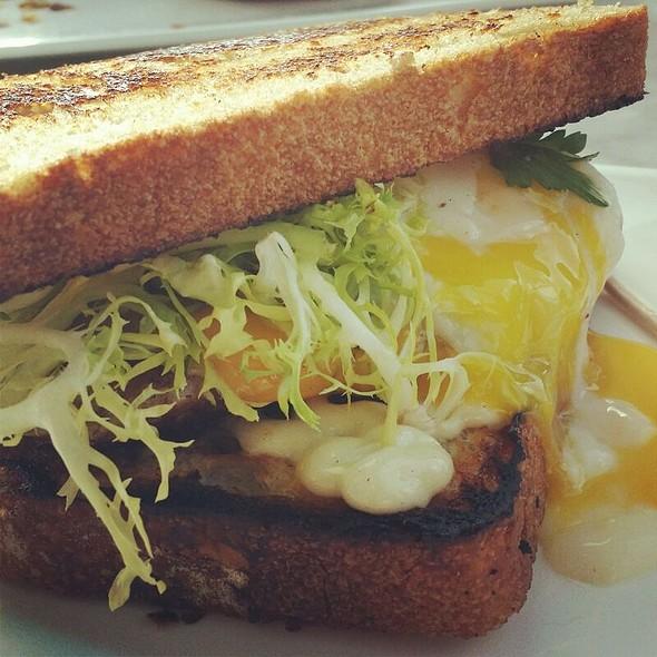 Breakfast Sandwich @ Common Bond