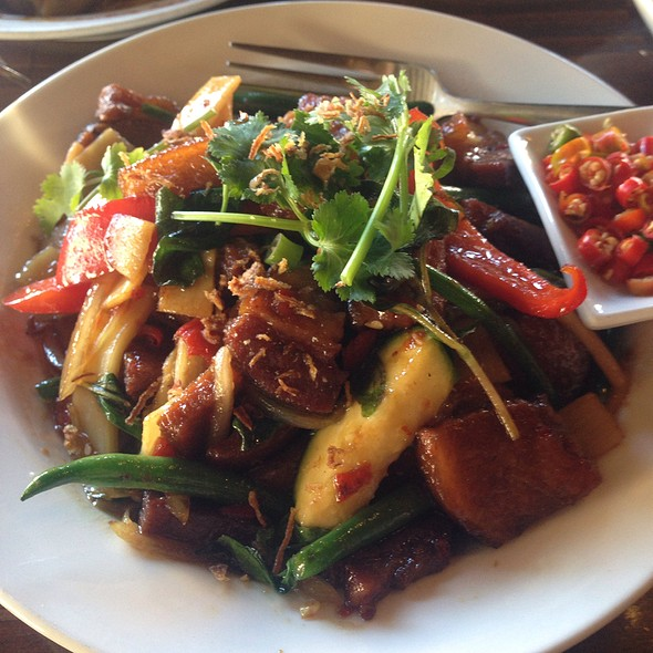 Stir Fried Pork Belly & Vegetables In Spicy Sauce