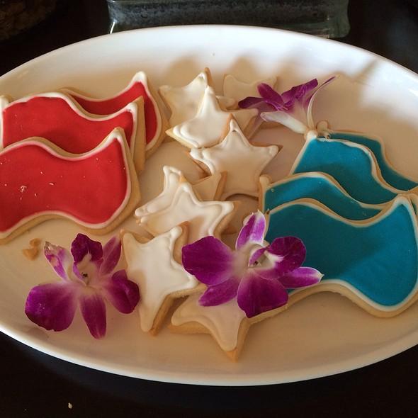 Cookies - The Lobby Lounge @ The Langham Hotel Pasadena, Pasadena, CA