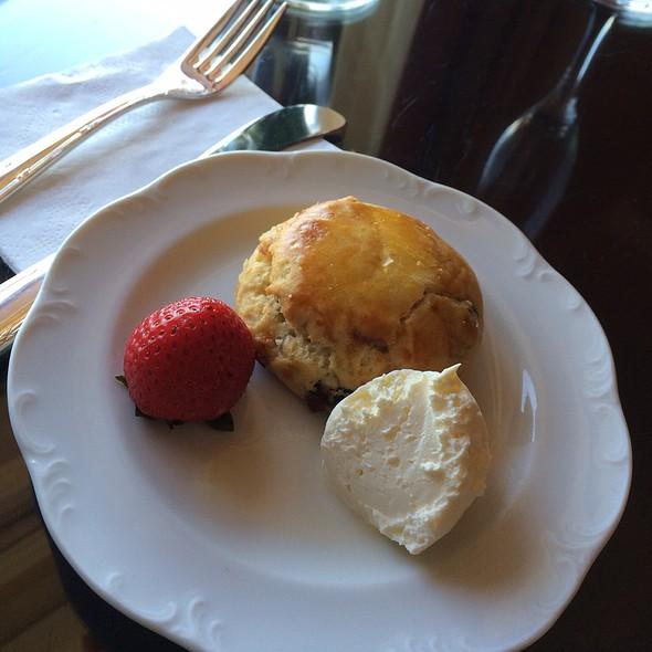 Afternoon Tea - The Lobby Lounge @ The Langham Hotel Pasadena, Pasadena, CA