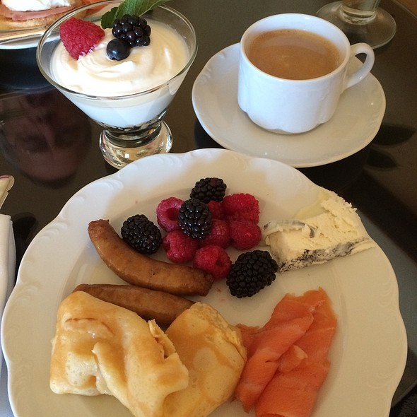 Breakfast - The Lobby Lounge @ The Langham Hotel Pasadena, Pasadena, CA