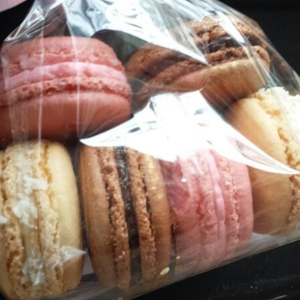 Macarons @ Cameo Macaron