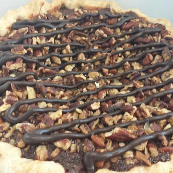 Chocolate Bourbon Pecan Pie @ Petsi Pies
