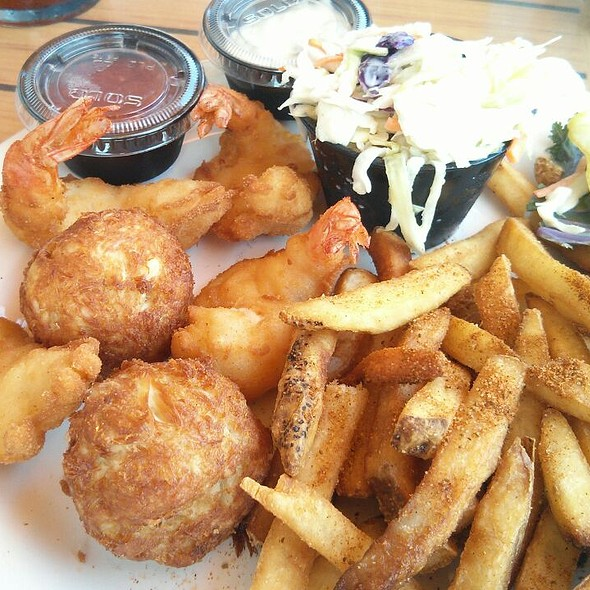 Fried Shrimp and Crab Balls - Stoney's Kingfishers, Solomons, MD