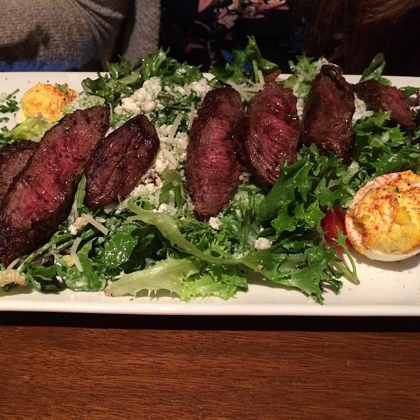 Steakhouse Salad @ Del Frisco's Grille