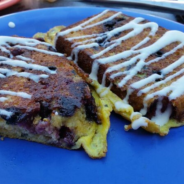 Loaded French Toast @ Somewhere In Time