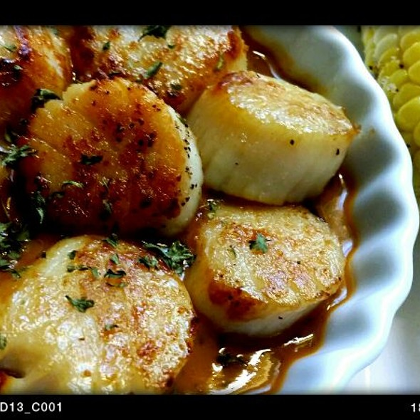 Panseared Scallops @ Mark's Place