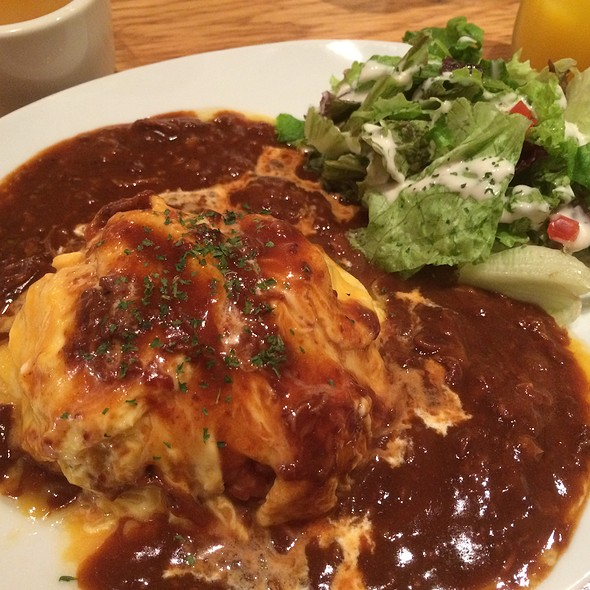 Omu-rice @ KOOP CAFE