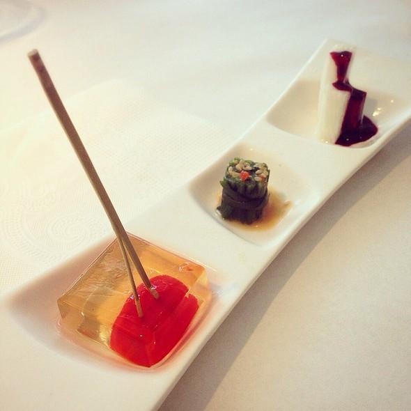 翡冷翠醋香蕈菇沙拉   Mushroom Salad With Vinegar Dressing @ 舒果新米蘭蔬食- 桃園大同店