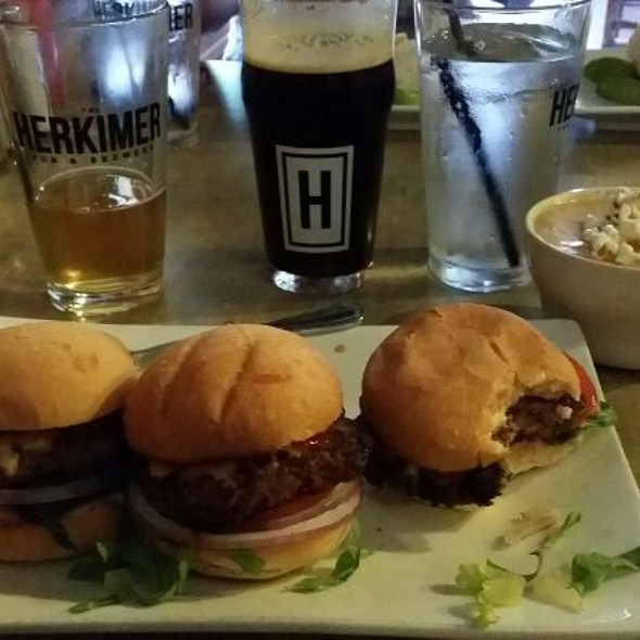 Angus Sliders - The Herkimer Pub and Brewery, Minneapolis, MN