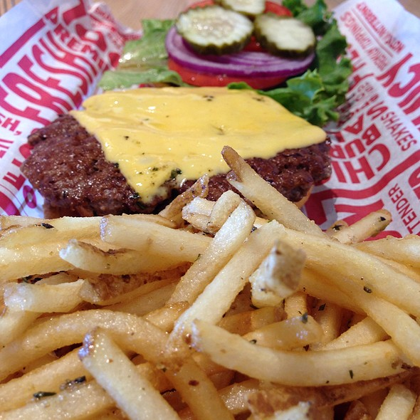 Classic Smashburger @ Smashburger