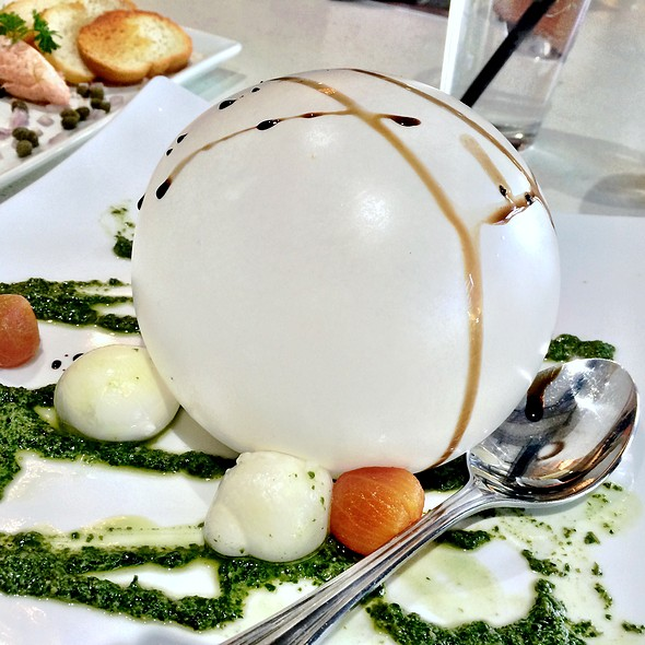 One Luft Balloon-Mozzarella @ Bardot