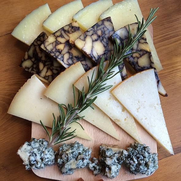 Cheese Board @ The Salt Yard