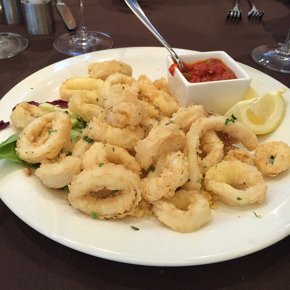 Fried Calamari - La Verità, Dollard-Des-Ormeaux, QC
