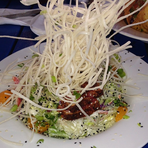 Ahi Salad @ Margaritaville