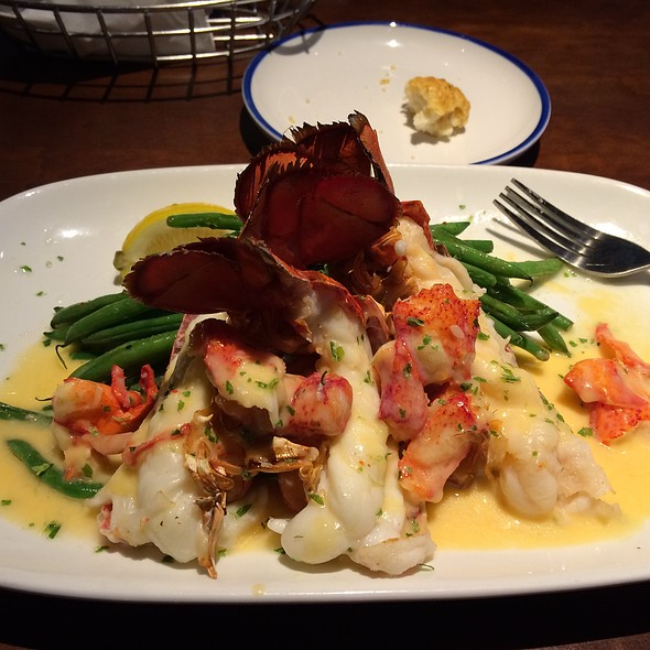 Lobster Topped Maine Lobster @ Red Lobster