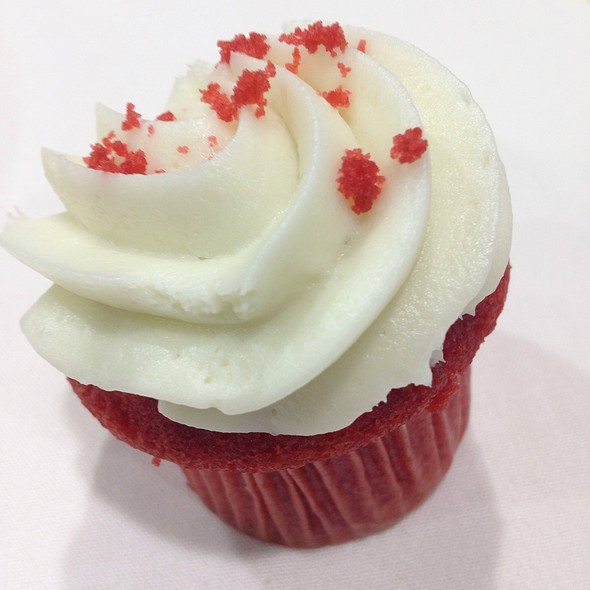 Red Velvet Cupcake @ Gaylord National Resort and Convention Center