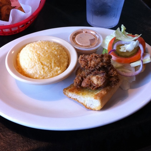 1/2 Oyster Po' Boy With Jacked Up Grits @ ezell's catfish cabin