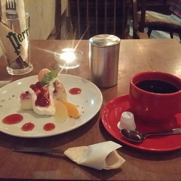 white chocolate cheesecake @ coto cafe コトカフェ