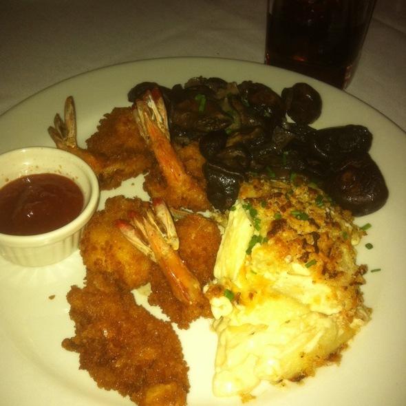 Fried shrimp @ MT's Chop House
