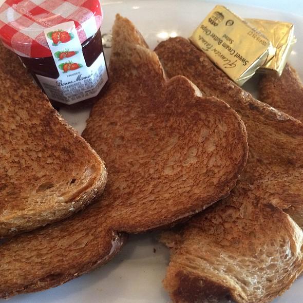 Whole Wheat Toast @ Serendipity 3