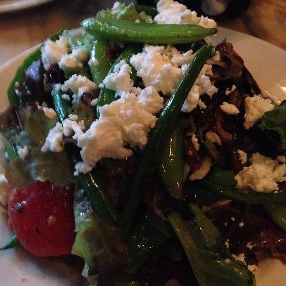 Mixed Greens Salad - WA Frost & Company, Saint Paul, MN