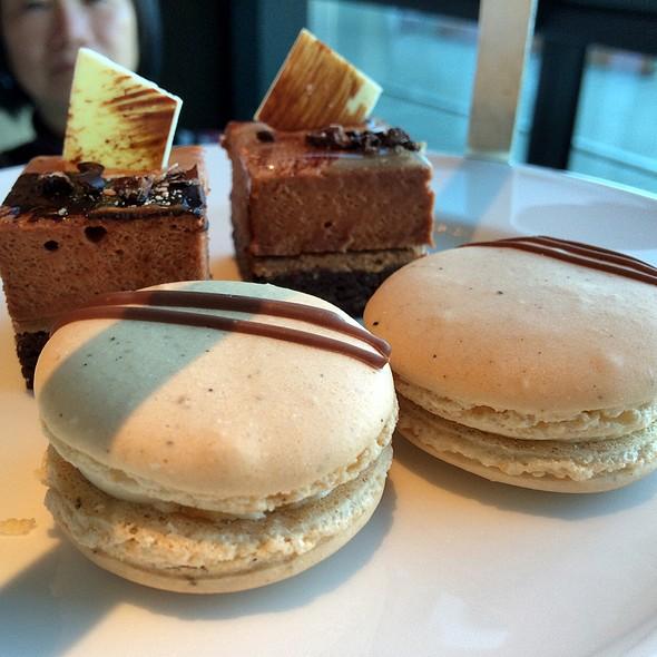 Chocolate Mousse Cake & Caramel Hazelnut Macaroon @ Park Hyatt Sydney
