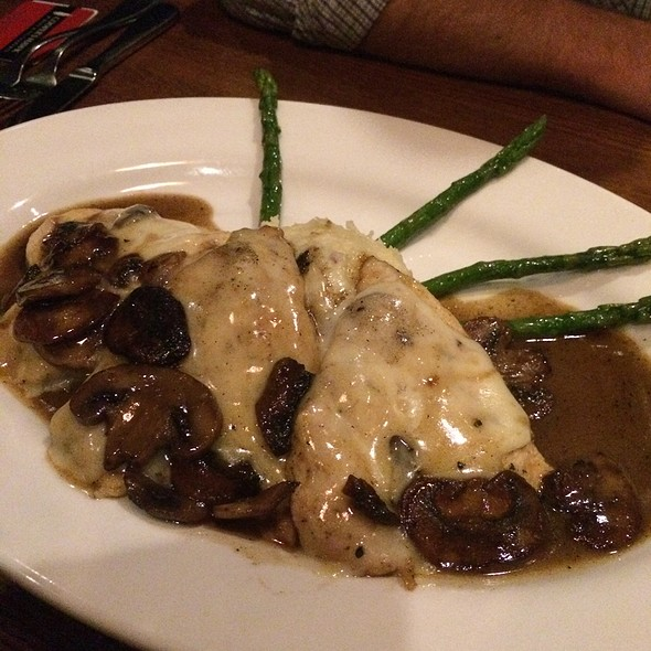 Chicken Madeira @ Cooper's Hawk Winery & Restaurant