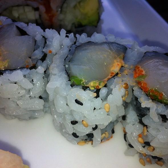 Spicy Scallop Sushi Roll - Sushi Lounge, Hoboken, NJ