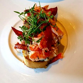 Lobster Knuckle Sandwich