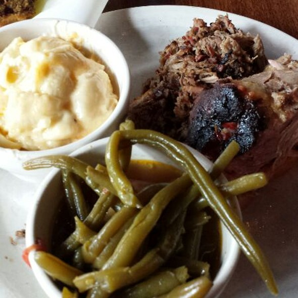 Pulled Pork, Chopped Brisket, Mac & Cheese, Green Beans