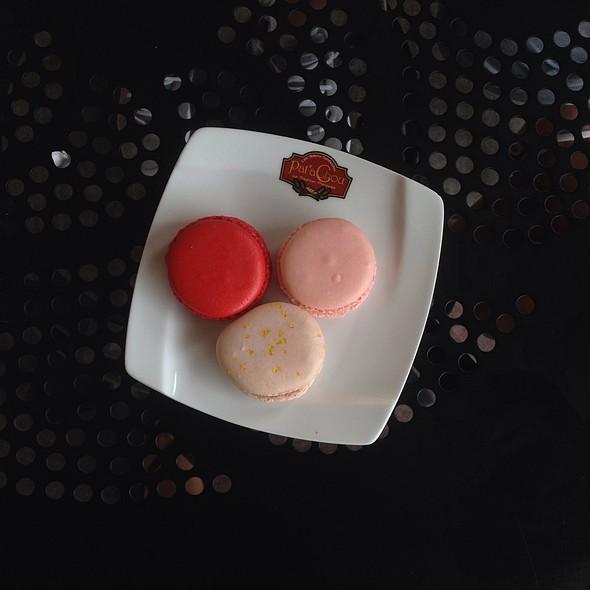 Macarons @ La Petite Sourie