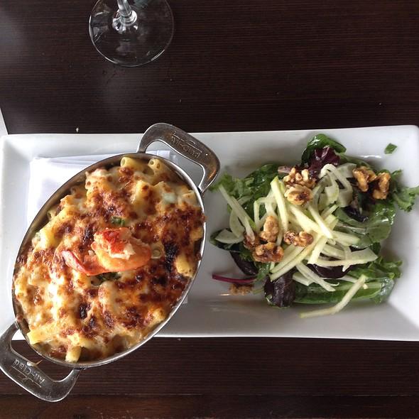 Lobster Truffle Mac & Cheese @ Island Prime/C Level Lounge