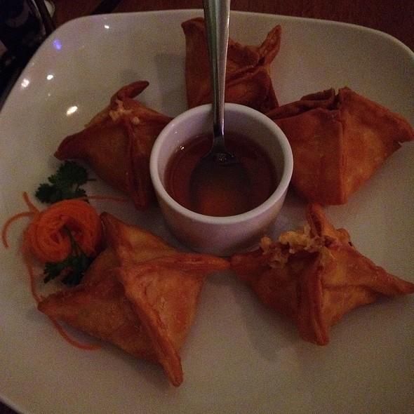 Crab Rangoons @ Blue Taleh