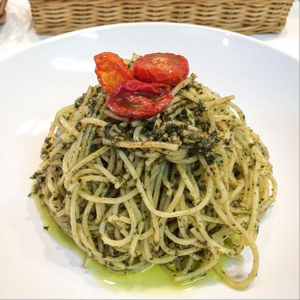 Spaghettini All'genovese @ サン ヴァンサン