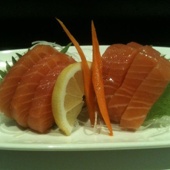 Salmon Sashimi - Yanagi Sushi & Grill, Dublin, CA