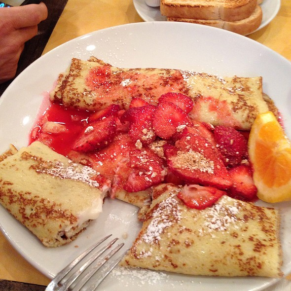 Strawberry Crapes