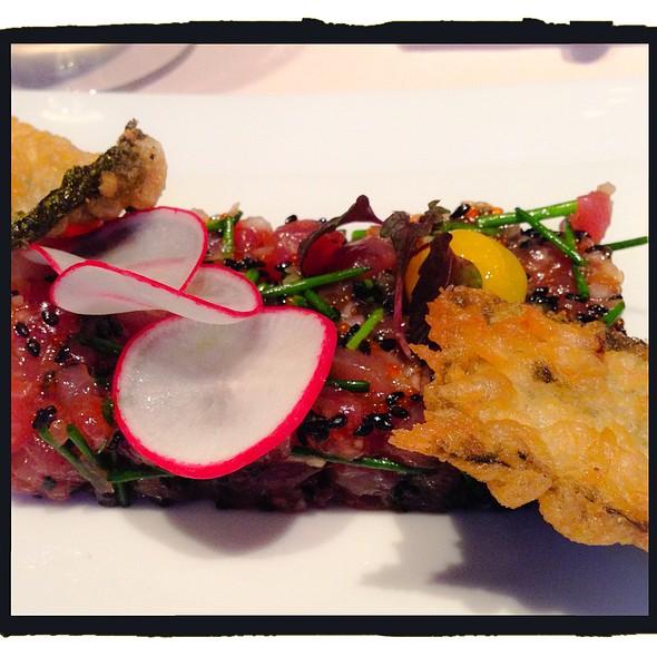 Tuna tartare, egg confit, nori tempura