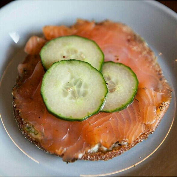 Gravadlax (marinated Irish Salmon with salt, sugar, dill & Irish whiskey)