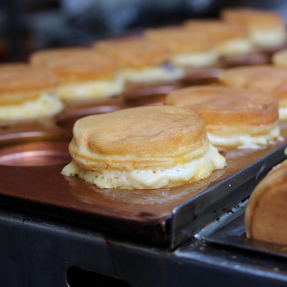 Japanese Pancakes @ Salcedo Saturday Market