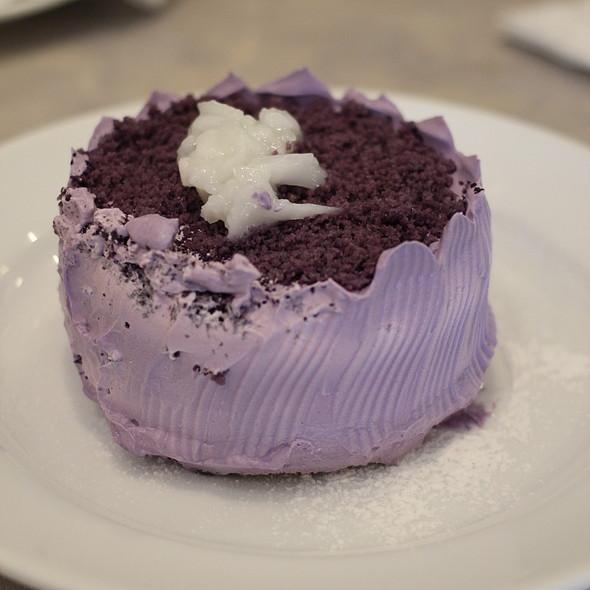 Ube cake @ UCC