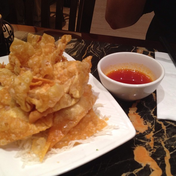 Fried Wontons in Sweet and Sour Sauce @ New Wonton Garden
