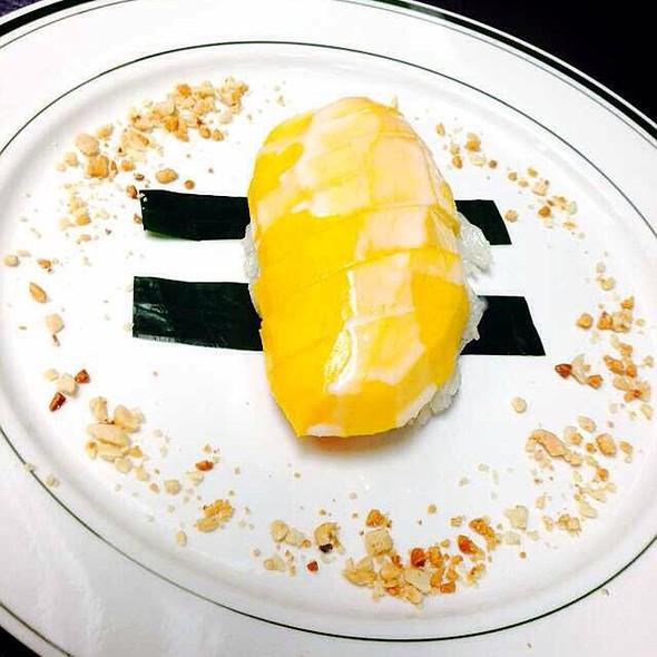 Mango Sticky Rice @ Sukhumvit 51
