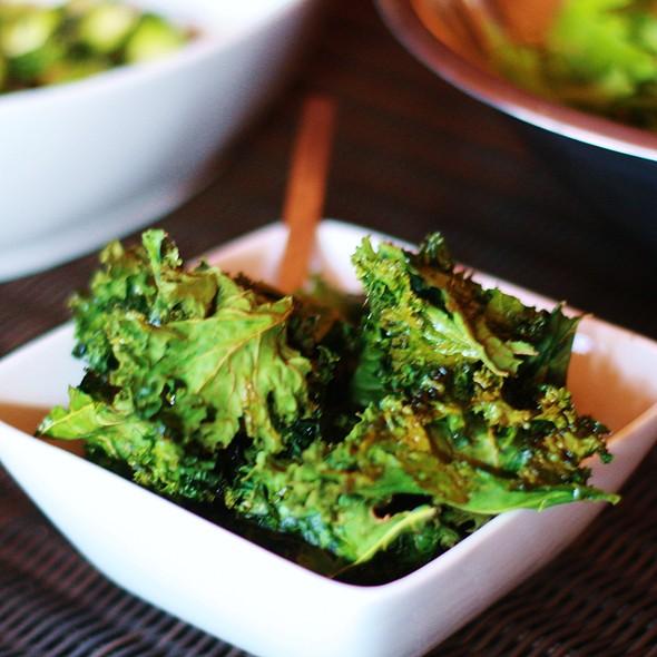 Maple Kale Chips @ Depechezone